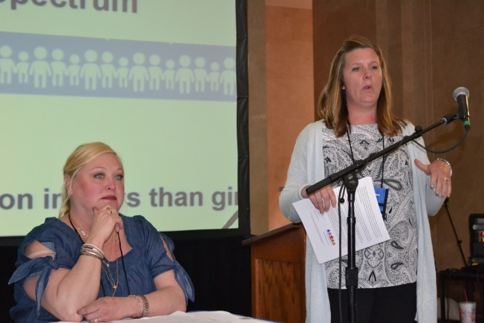 2018 forum Colleen Shinn and Nikki Michalak